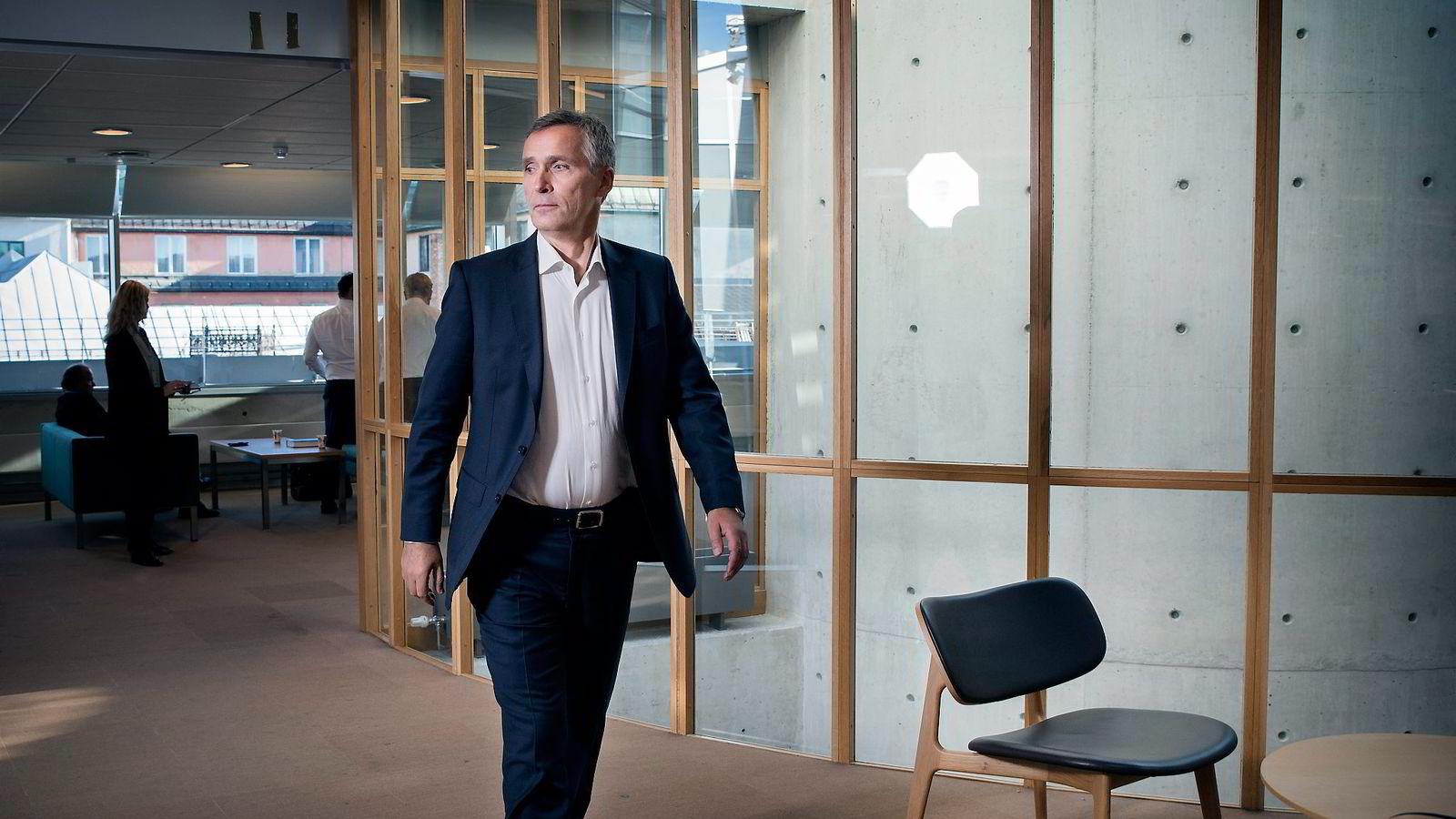 NATO-sjef og tidligere statsminister Jens Stoltenberg, etter pressekonferansen i anledning at han gav ut selvbiografi på Gyldendal forlag.
