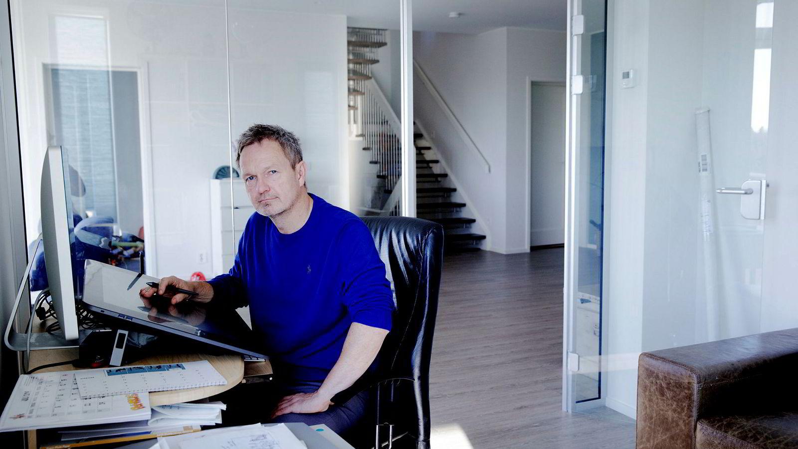 Tegneserieskaper Frode Øverli har hjemmekontor på Askøy utenfor Bergen.