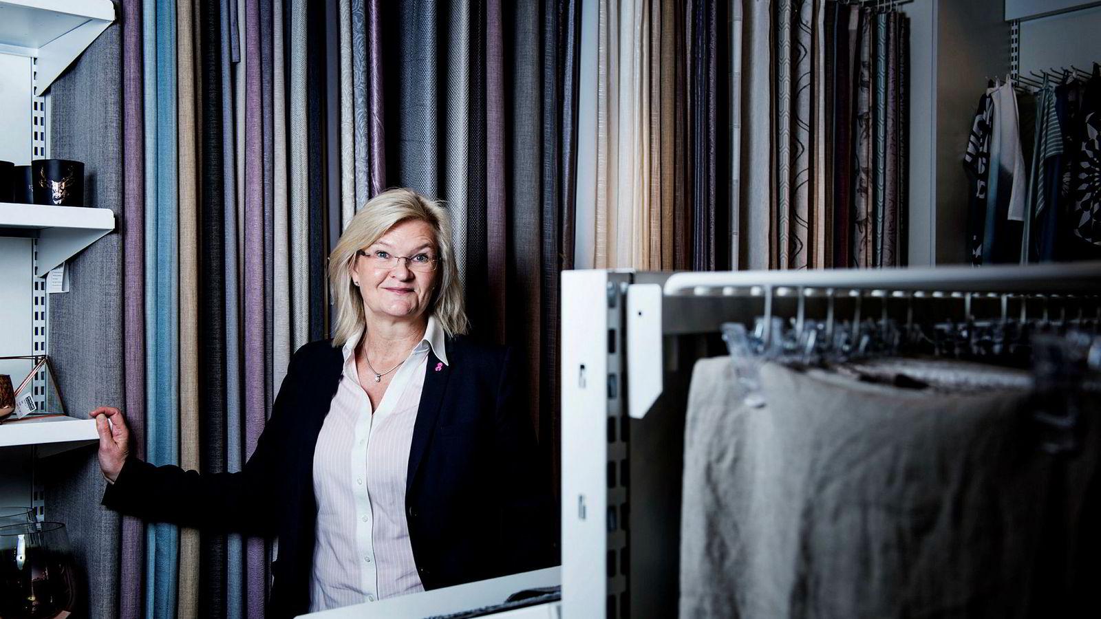 Kjersti Hobøl er blitt bankenes redningskvinne. Etter å ha gjennomført en snuoperasjon i Kid og tatt selskapet på børs, har hun nå gått løs på en ny redningsoperasjon i Nille.