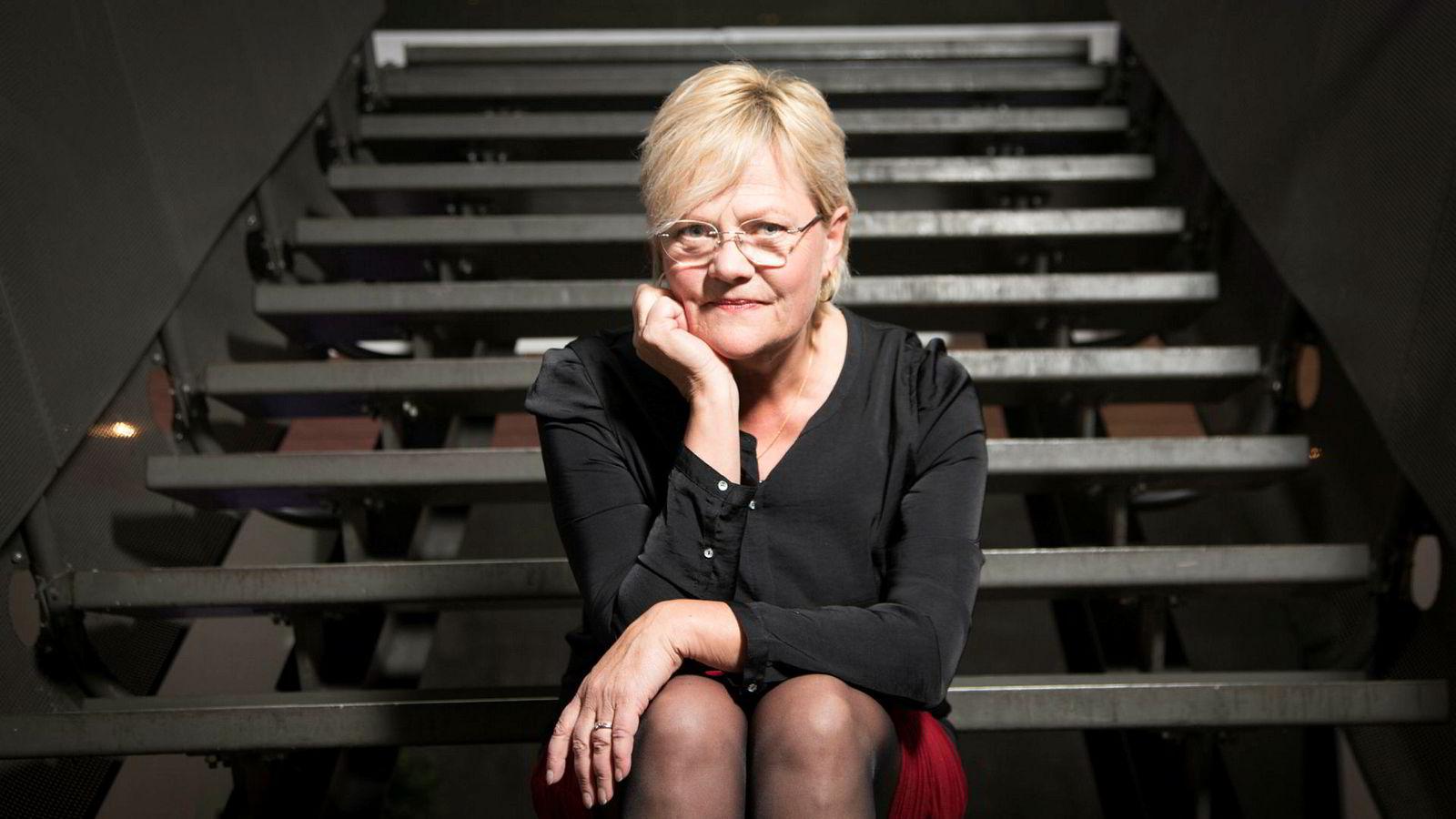 Tidligere finansminister Kristin Halvorsen har ikke tidligere opplevd at statsministeren tar til orde for å føre investeringer «under streken».