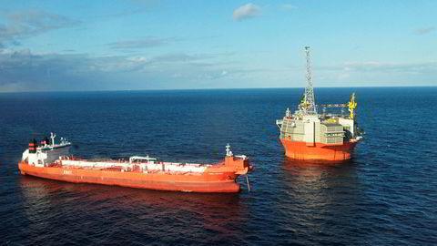Petroleumstilsynet har nå gitt oljeselskapet Eni grønt lys for å gjenoppta produksjonen på Goliat-feltet i Barentshavet Foto: Rune Ytreberg
