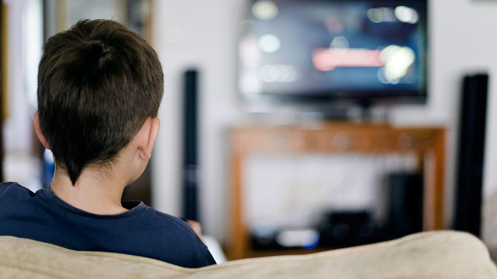 Økt tv-titting førte til at gutter på sesjon fikk dårligere resultater på sesjonsprøvene.