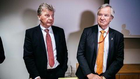 Norwegian-toppene Bjørn Kjos (til høyre) og Bjørn Kise, som også er flyselskapets største aksjonærer, var ikke i det vanlige sprudlehumøret fredag. Foto: Fartein Rudjord