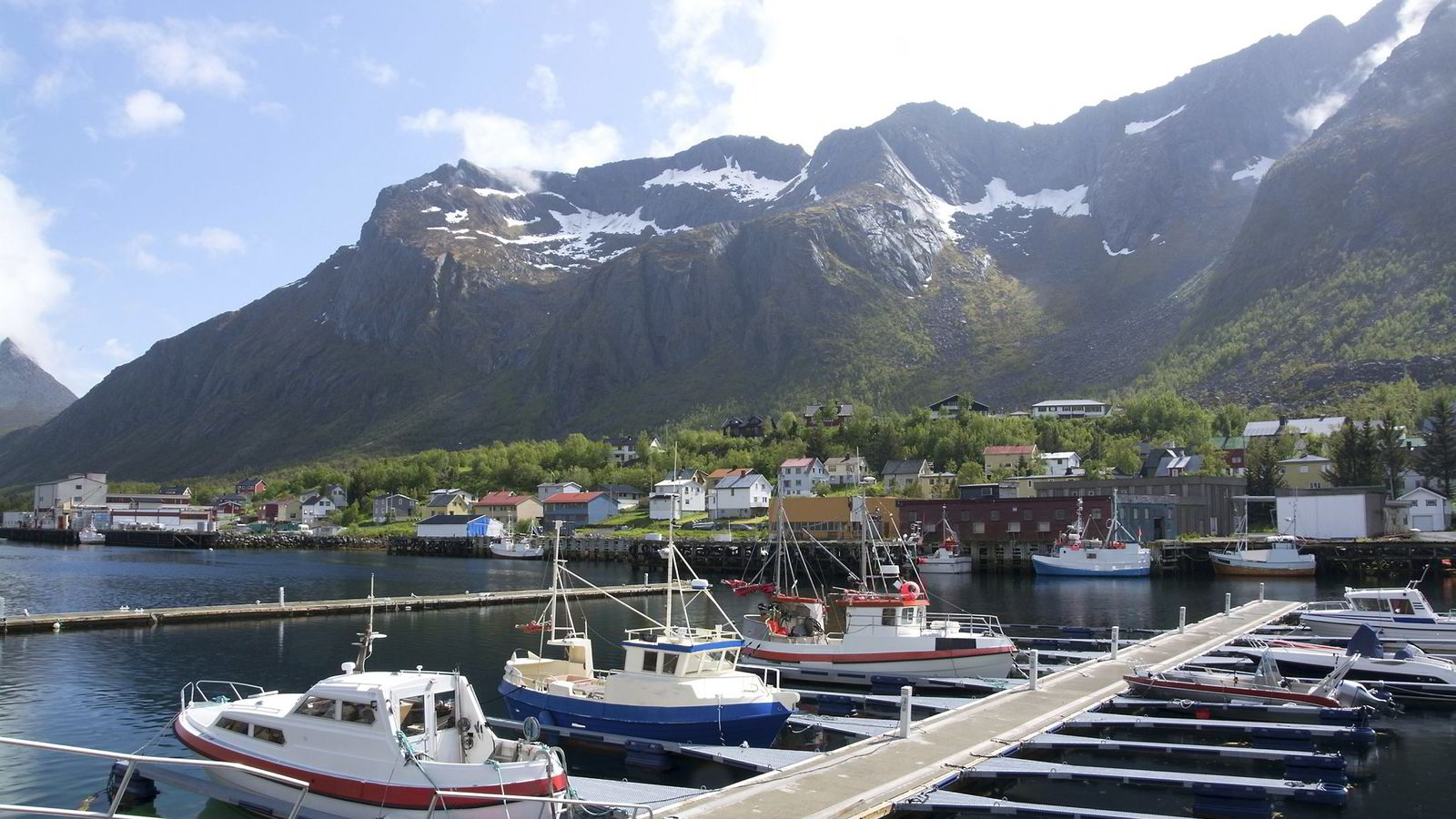 Gryllefjord i Torsken kommune i Troms fylke. Foto: Istock