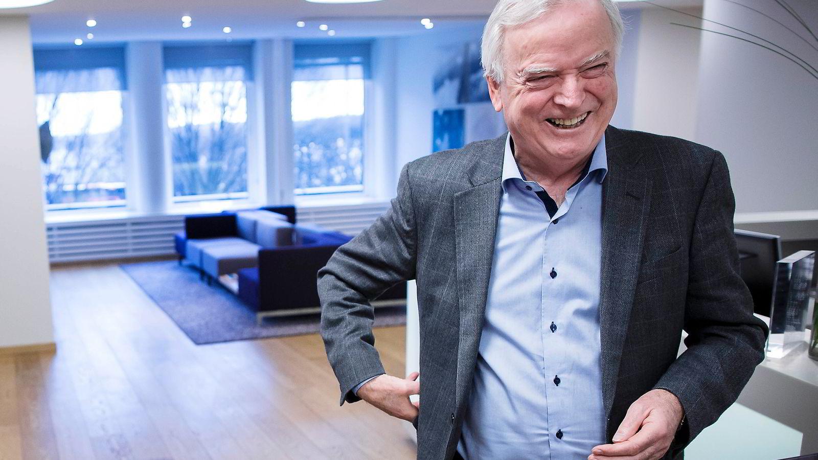 Reder Per Sævik har sikret seg kontrollen over transportselskapet Fjord1, men lurer som alltid på om han har betalt vel mye.