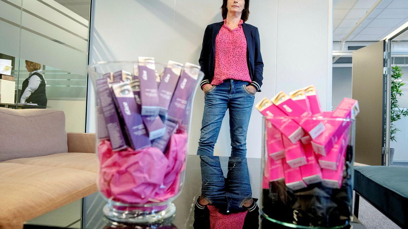 Elin Reed Bratten fant vippeserumet hun ville selge på en messe i utlandet i 2010. Nå er bedriften hennes Iglow blitt en millionsuksess.
