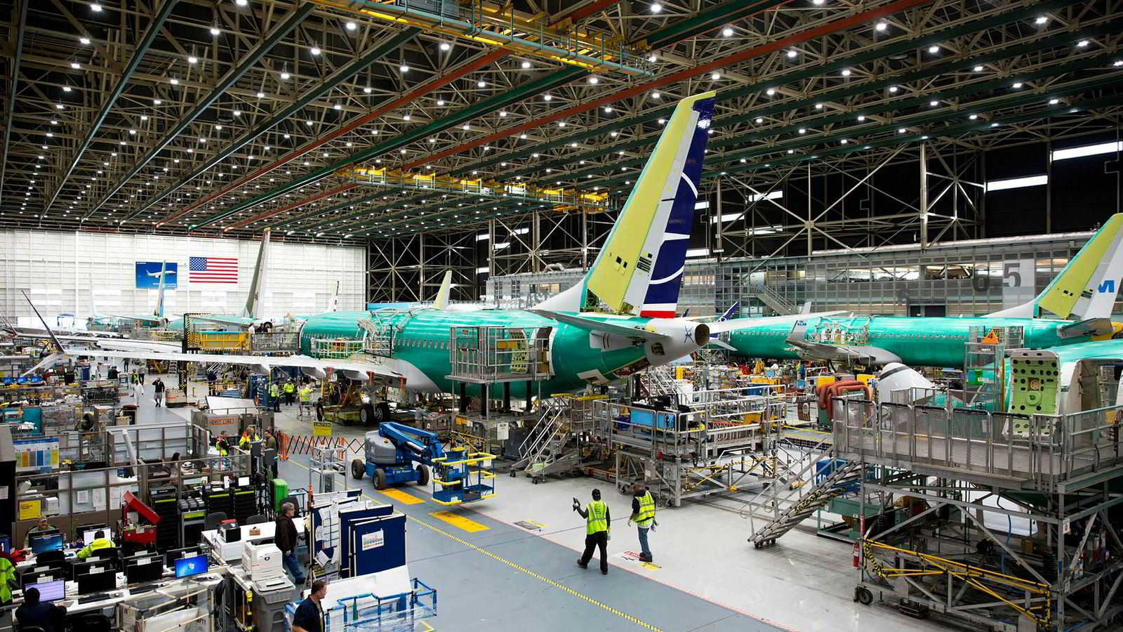På Boeing Renton-fabrikken i Renton, Washington jobbet Boeing med 737 MAX-fly i mars i år.