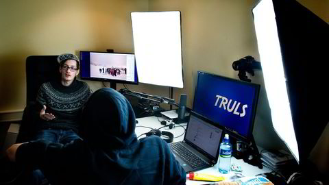 Truls Valsgård (21) er en av 1300 youtubere som har signert med Nordic Screens, som er et av de tre Youtube-nettverkene som opererer i Norge. Foto: Per Ståle Bugjerde