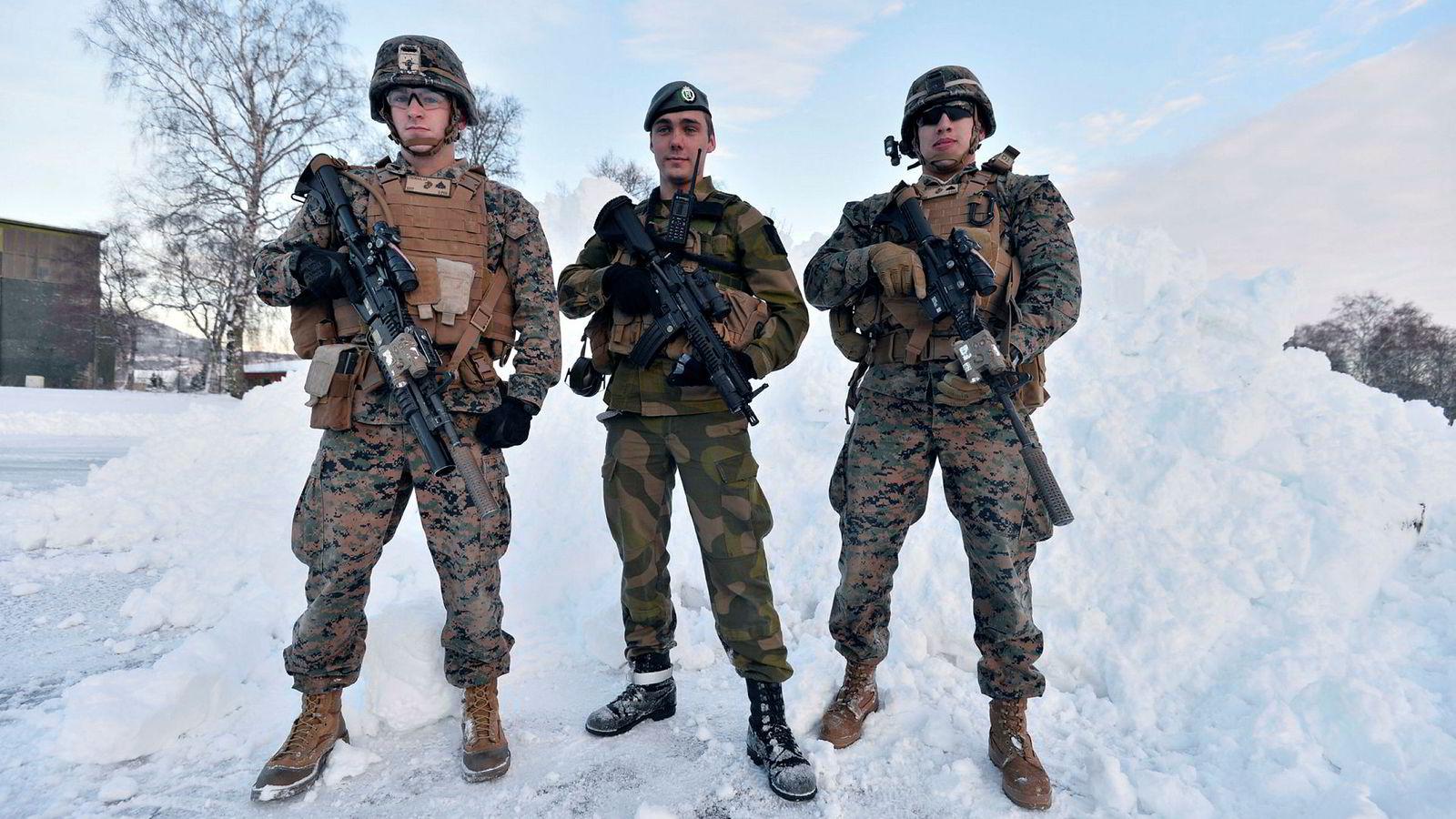 Amerikanske marinestyrker på Værnes gjør det mer troverdig at Norge får unnsetning i en alvorlig krise.
