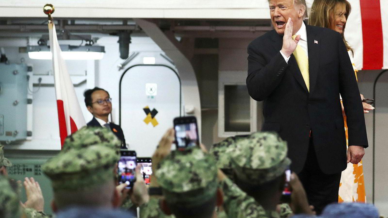 USAs president Donald Trump tar risiko og ser på utfallet; vi er risikoaverse og klager på at det internasjonale systemets regler ikke lenger følges.