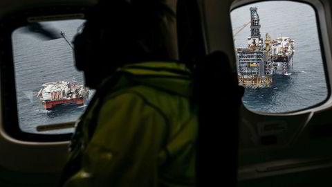 SSB har på egen hånd opprettet et nytt fylke, Sokkelen, og plassert tilnærmet hele verdiskapingen innen olje og gass ute i havet. Dette nye fylket har en betydelig verdiskaping, men omtales vanligvis ikke i pressemeldingen eller i nyhetsoppslagene, skriver artikkelforfatterne. Her fra Johan Sverdrup-feltet i Nordsjøen.