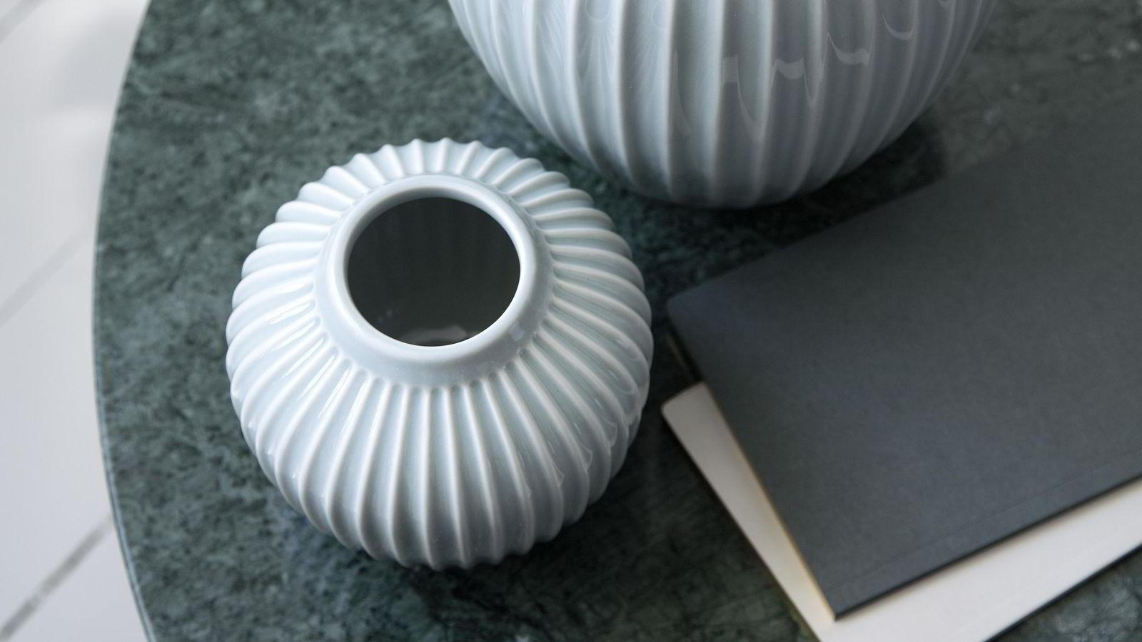 f66107f6 Danske Kähler solgte 200.000 vaser i Norge ifjor. I år har salget økt,  takket