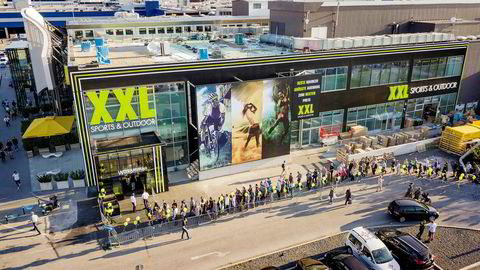 XXL snublet i excel-arket da de tilbød kundene for lave Black Friday-priser.