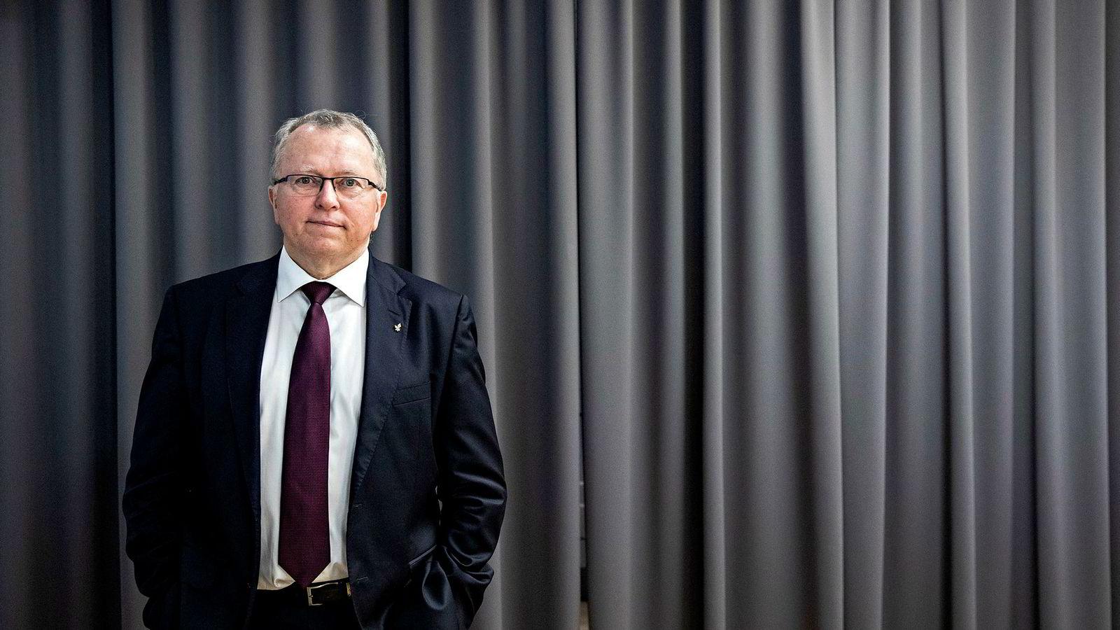 Equinor-sjef Eldar Sætre (til høyre) selger seg ned i Lundin Petroleum i bytte mot økt andel i Johan Sverdrup-feltet.