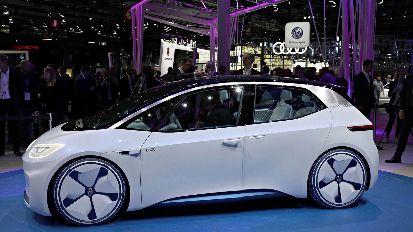 Volkswagen I.D. Concept ble vist i Paris i 2016. Dette blir en av mange modeller som Volkswagen skal lansere de neste tre-fire årene.