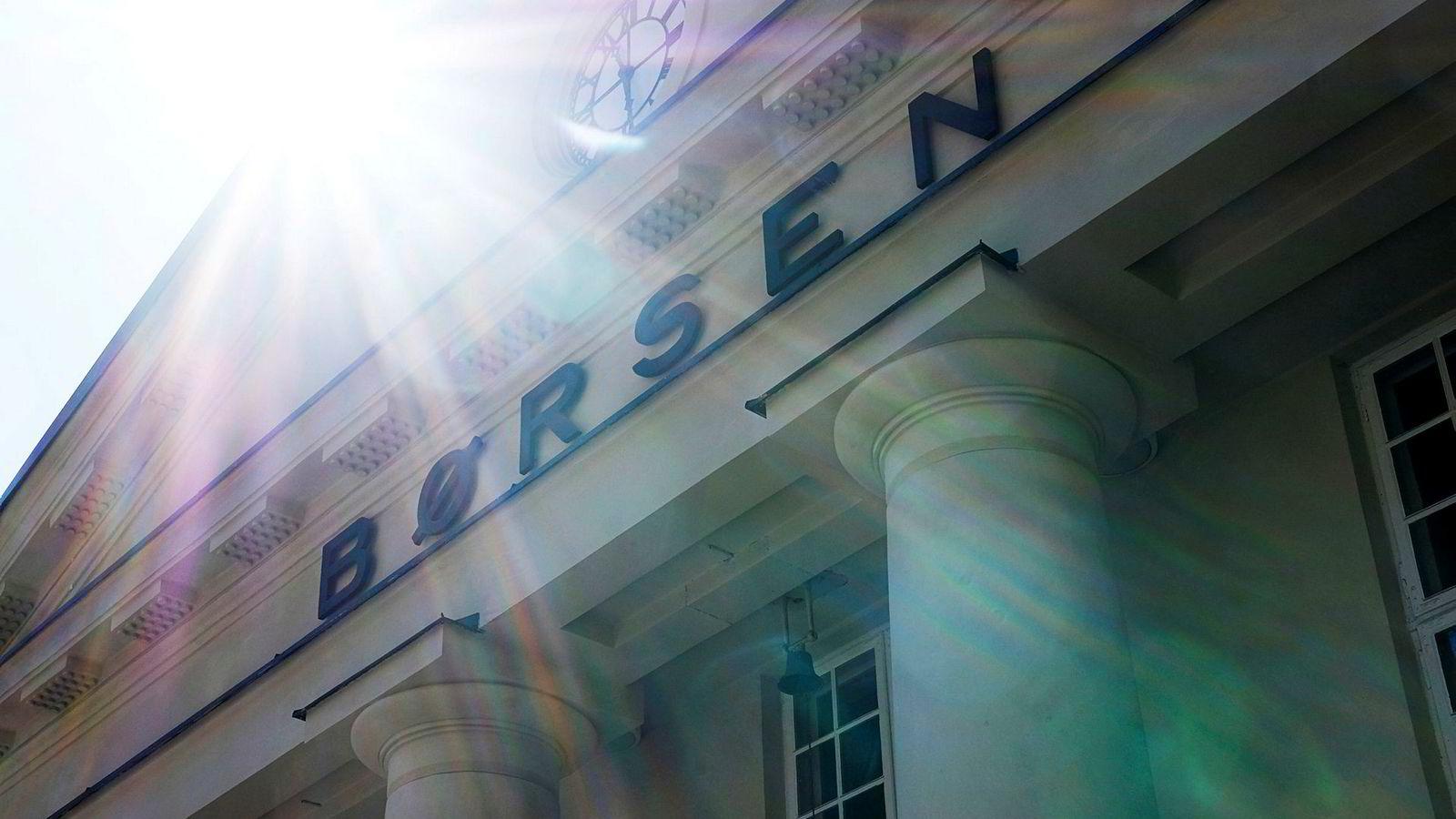Etter to dager på rad med kvartalsrapporter fra store selskaper på Oslo Børs, returnerte sommerroen til aksjemarkedet onsdag.