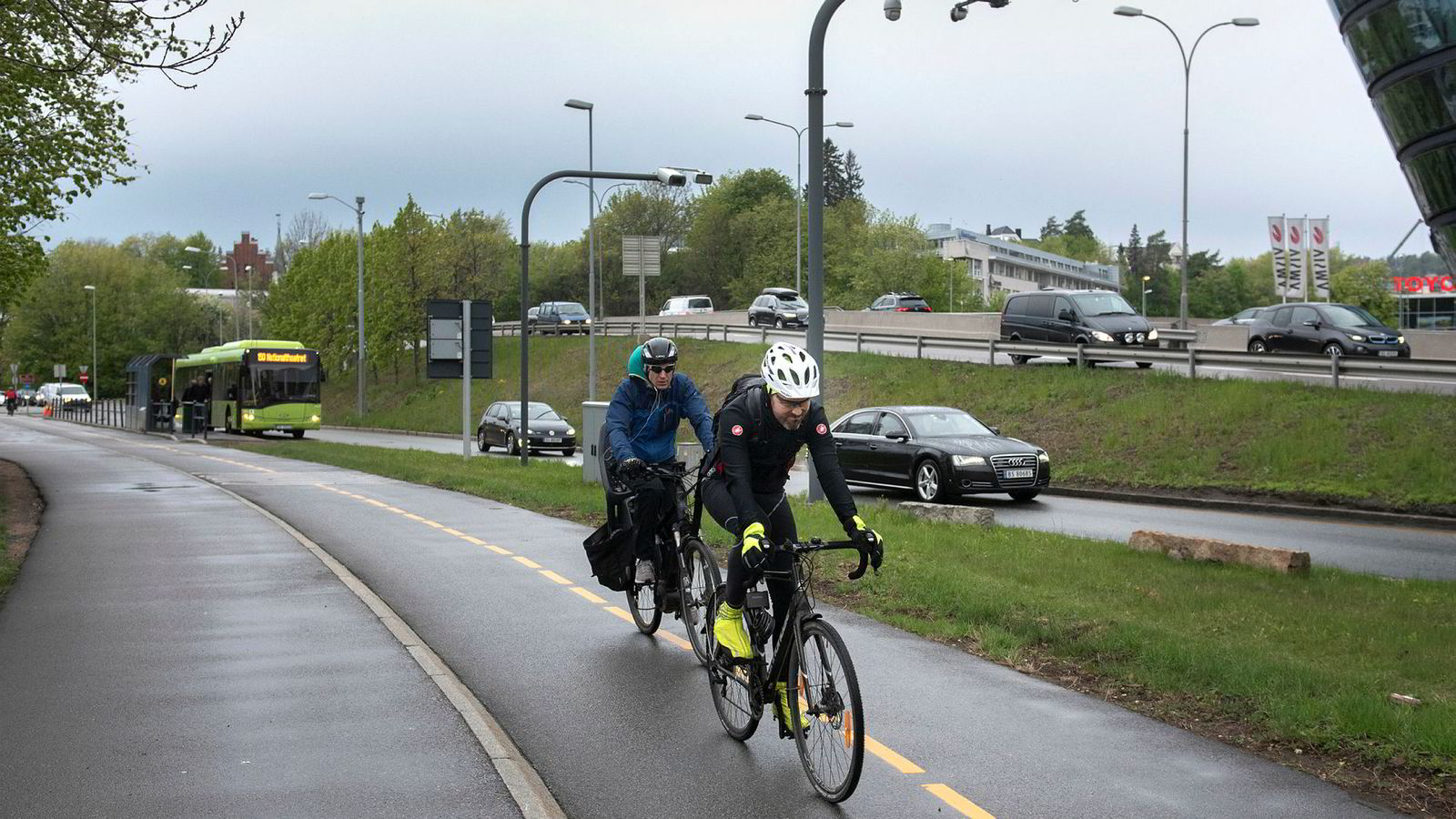 Mesteparten av bompengene i Oslo skal gå til bane, buss og sykkel. Her fra «Tour de Finans» ved Sjølyst.