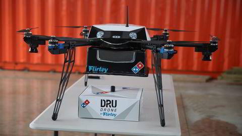 Denne dronen utførte Domino's test av pizzelevering via drone. Foto: Domino's/Reuters/NTB Scanpix.