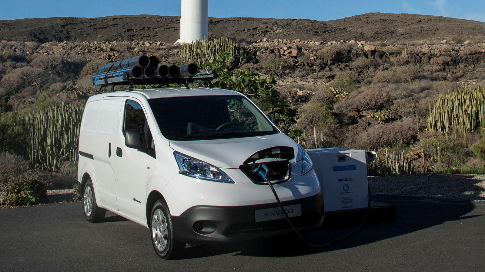 Byrådet skal legge til rette for at næringslivet velger elektriske varebiler som denne Nissan E-NV200. Kjøper du en slik i dag, får du bilen i august neste år.