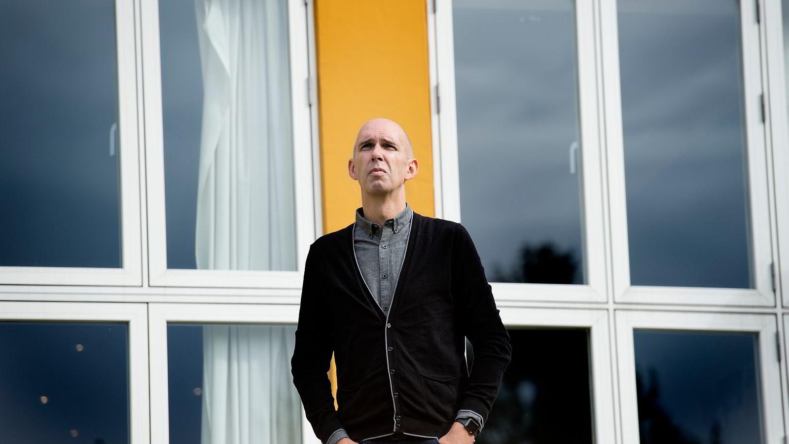 Frank Gander i NRK ber Facebook ta initiativ til å diskutere sensur og ytringsfrihet med norske publisister.