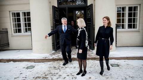 Lauri Rosendahl, konsernsjef i Nasdaq Nordic, mener at prosessen rundt budet fra Euronext var «åpenbart fiendtlig», og satser selv på en langt mer vennlig tilnærming. Her sammen med børsdirektør Bente Landsnes (i midten) og styreleder Catharina Hellerud.