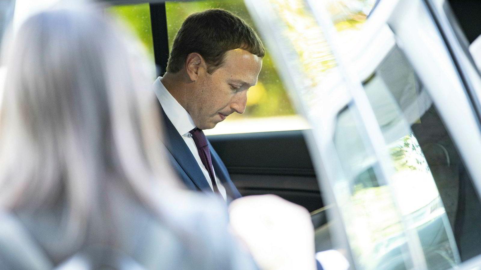 Facebook og toppsjef Mark Zuckerberg har kjøpt oppstartsselskapet CTRL-labs. Prisen på rundt en milliard dollar er den samme som Facebook i sin tid betalte for Instagram, som er blitt en stor suksess.