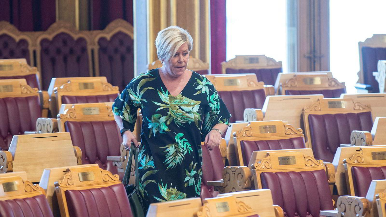 Finansminister Siv Jensen har i flere omganger svart Stortinget om leieavtalen.