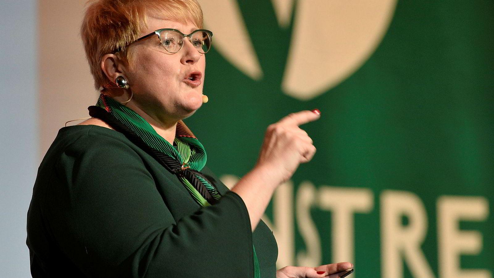 Partileder Trine Skei Grande sier i en tale til partiets landsstyre at Venstres målinger er «ræva», men hun har troen på at de skal klare å snu dette før valget.