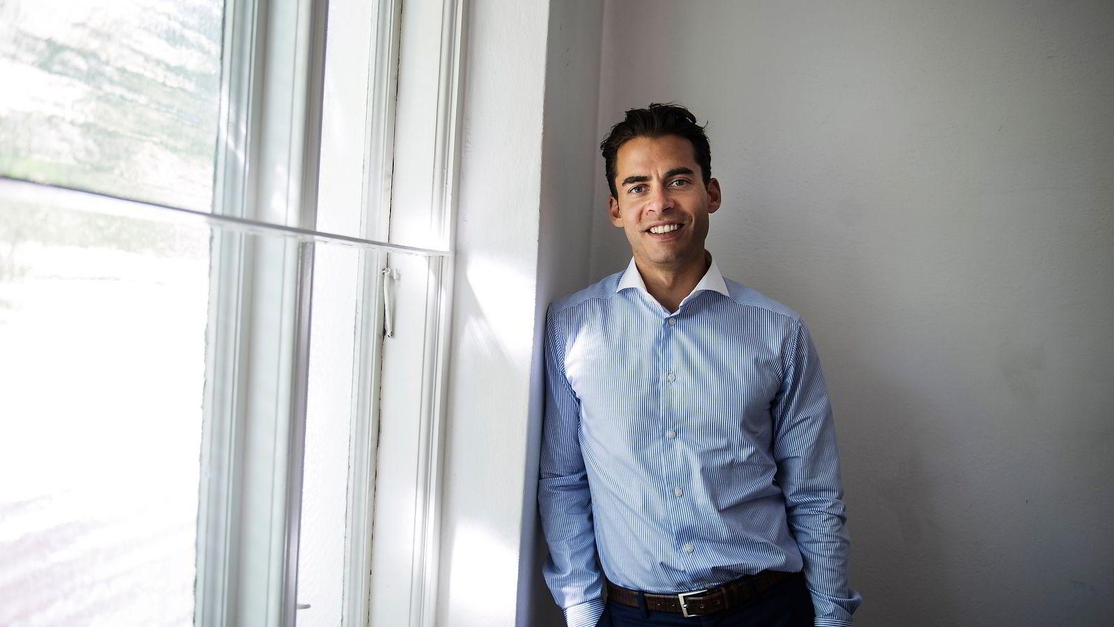 Nicholay J. Tehrani, Norges-sjef i det nordiske konsulentselskapet Navigio, som blant annet driver med lederrekruttering.