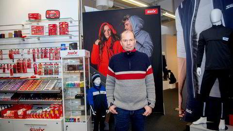 Christian Gløgård er forskningssjef i Brav, merkevarehuset bak blant annet Swix. Selskapet har gått sammen med skiprodusenten Madshus, IDT og NTNU om et nanoteknologiprosjekt som skal sikre skigull i 2022.