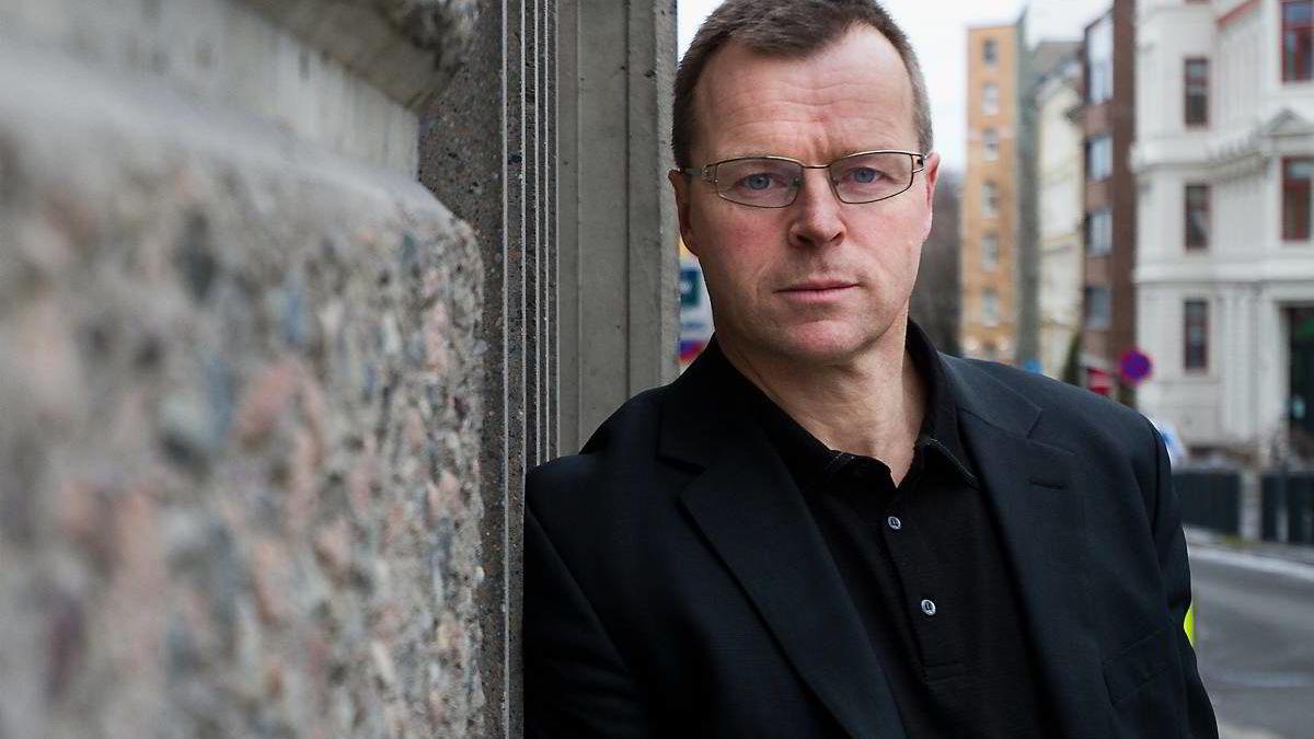 Fagsjef Rolf Mæhle i Finans Norge tror sparing til barnas bolig er blitt det nye spareformålet etter at kravet om 15 prosent egenkapital bli innført. - Det innebærer at foreldre også må gjøre en kredittvurdering av sine egne barn, sier han.