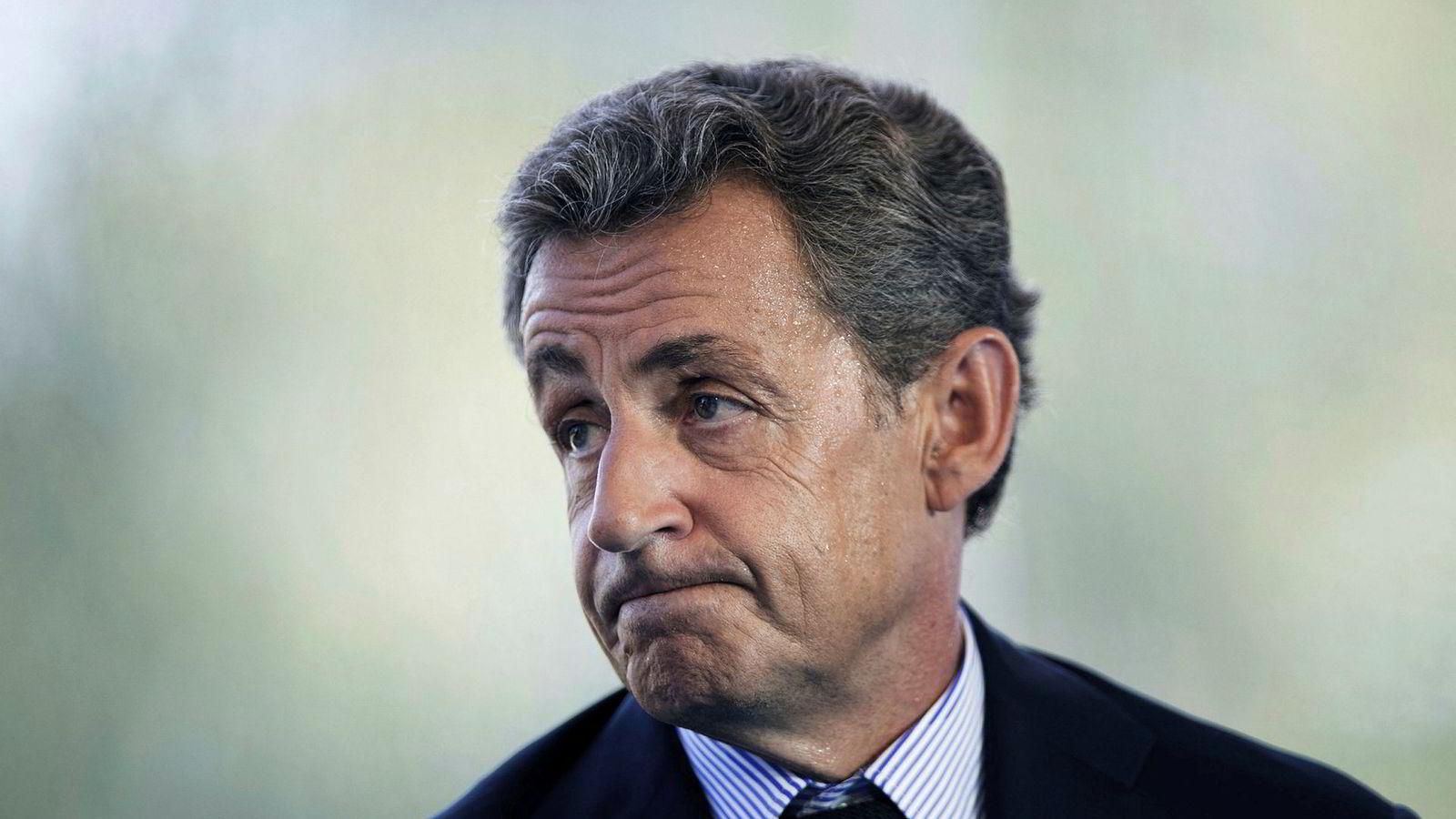 Tidligere president Nicolas Sarkozy må møte i retten.