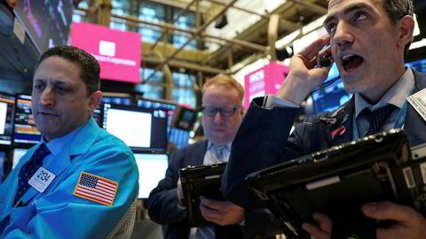 Stemningen på New York Stock Exchange (NYSE) er preget av frykt og uro.