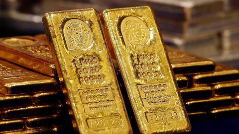 Gullprisen faller til det laveste nivået på fem år.