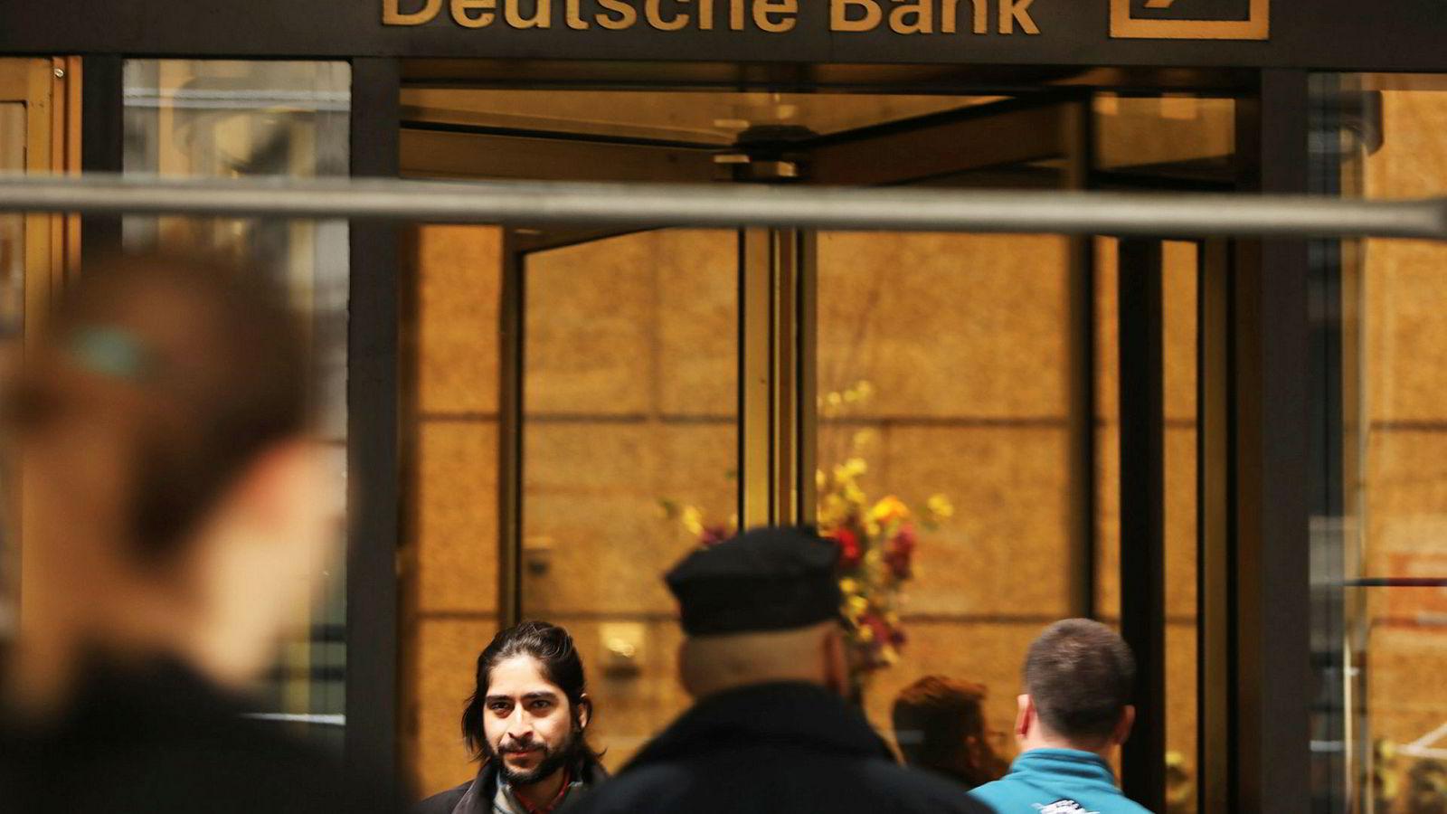 Stemningen er laber i Deutsche Banks hovedkontor i New York.