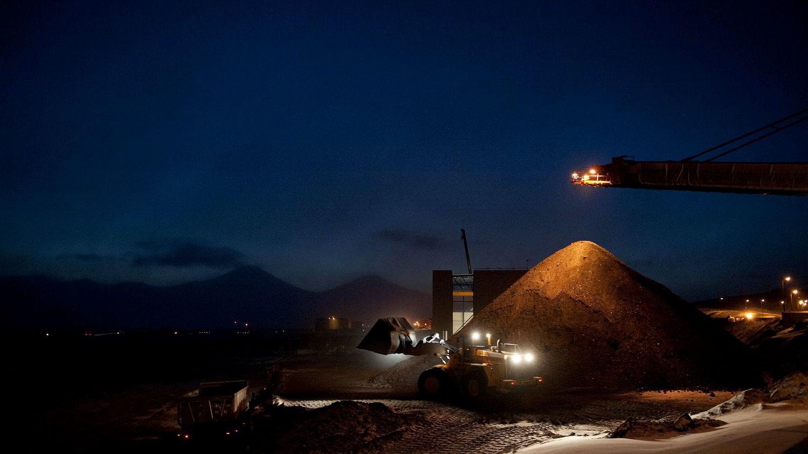 Store Norske Spitsbergen Grubekompani er avhengig av ytterligere finansieringshjelp. Her fra gruven Svea, som nå er i driftshvile.