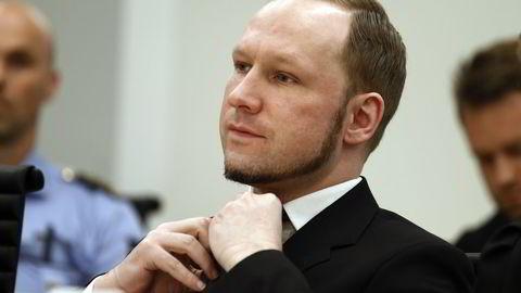 Anders Behring Breivik under rettssaken i Oslo tingrett. Om to uker starter retten behandlingen av søksmålet Breivik har gått til mot staten. Arkivfoto: Heiko Junge /
