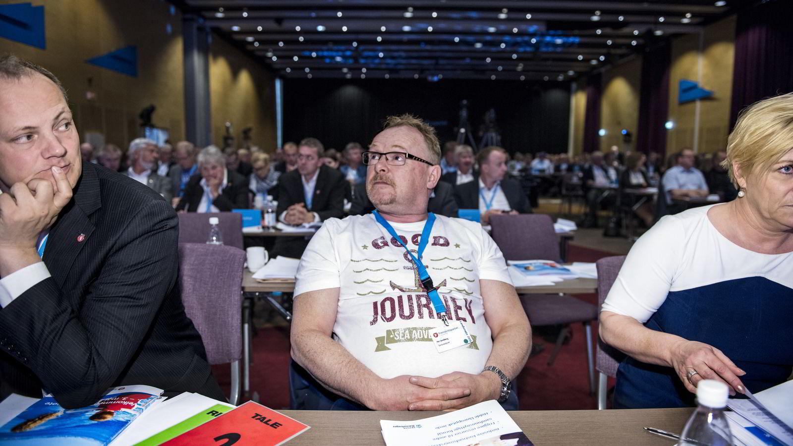 Frp-nestleder Per Sandberg hadde på seg denne t-skjorten under Frp-landsmøtet.