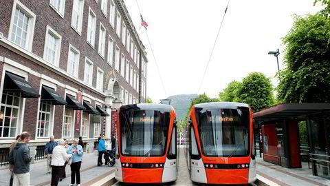Mer bybane litt fortere i Bergen? Statlig finansieringsandel til kollektivtrafikk kan bli økt fra 50 til 70 prosent etter bompengeforhandlingene.