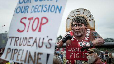 Protestene hjalp ikke. Canadas statsminister Justin Trudeau har gitt klarsignal til en omstridt utvidelse av en oljerørledning