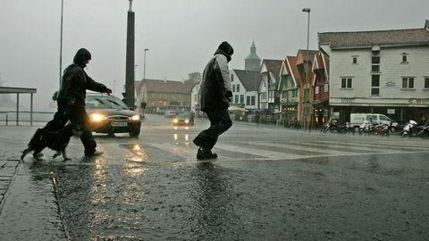 Arkivfoto: Høststorm i Stavanger i 2004.