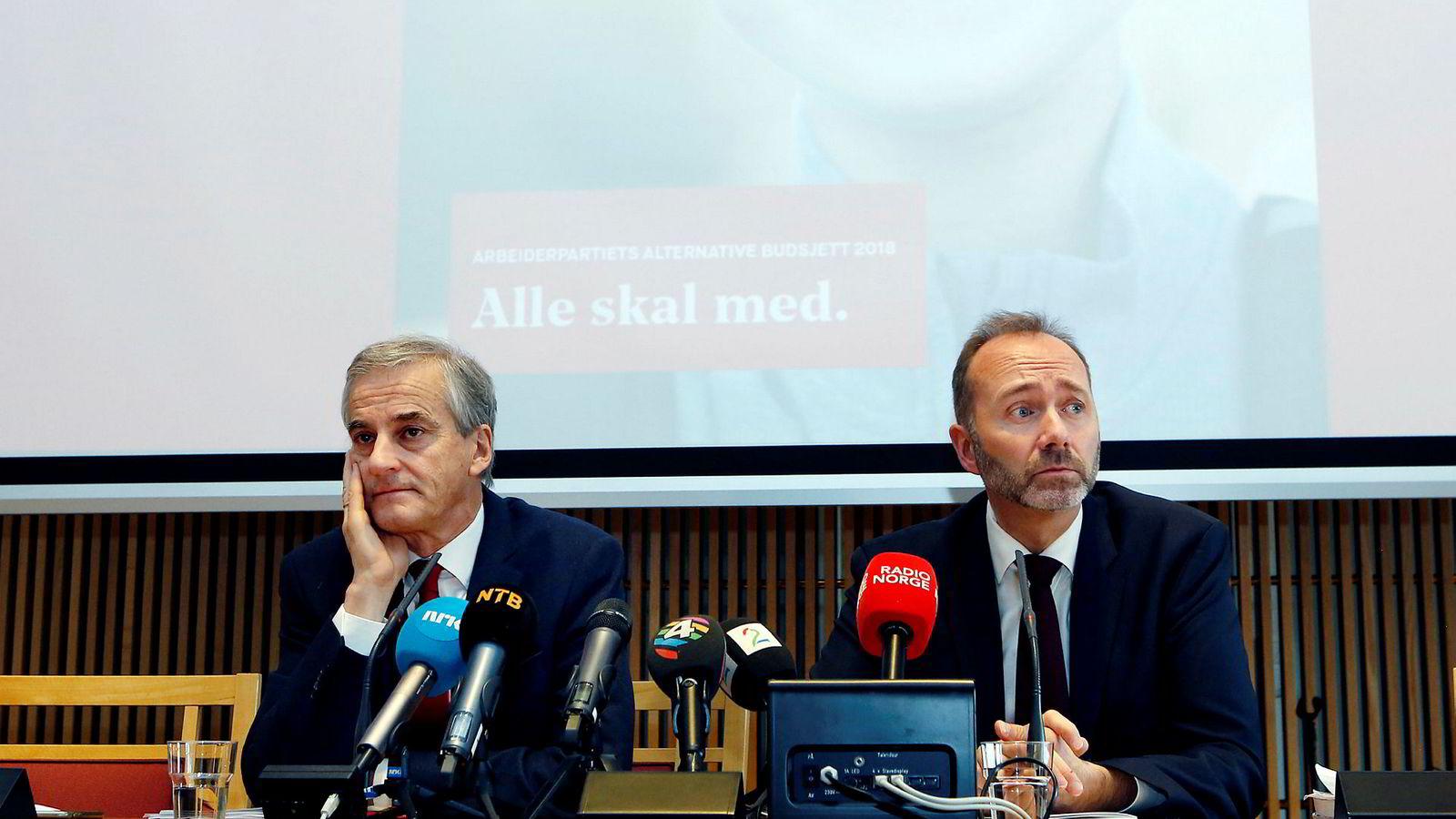 Arbeiderpartiets leder Jonas Gahr Støre og Trond Giske la i november 2017 sammen frem Aps alternative statsbudsjett for 2018. Én måned senere ble varslingssakene mot Trond Giske kjent.