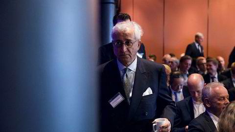 DNO-styreleder Bijan Mossavar-Rahmani har brukt store penger på informasjonsrådgivere i kampen om å overta Faroe Petroleum.