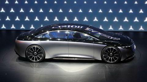 Billån er i dag helt uregulert. Det er helt opp til banker og finansieringsselskaper om de vil låne deg penger til å kjøpe for eksempel en Mercedes Vision EQS, som her er vises frem på bilutstillingen i Frankfurt som pågår denne uken.