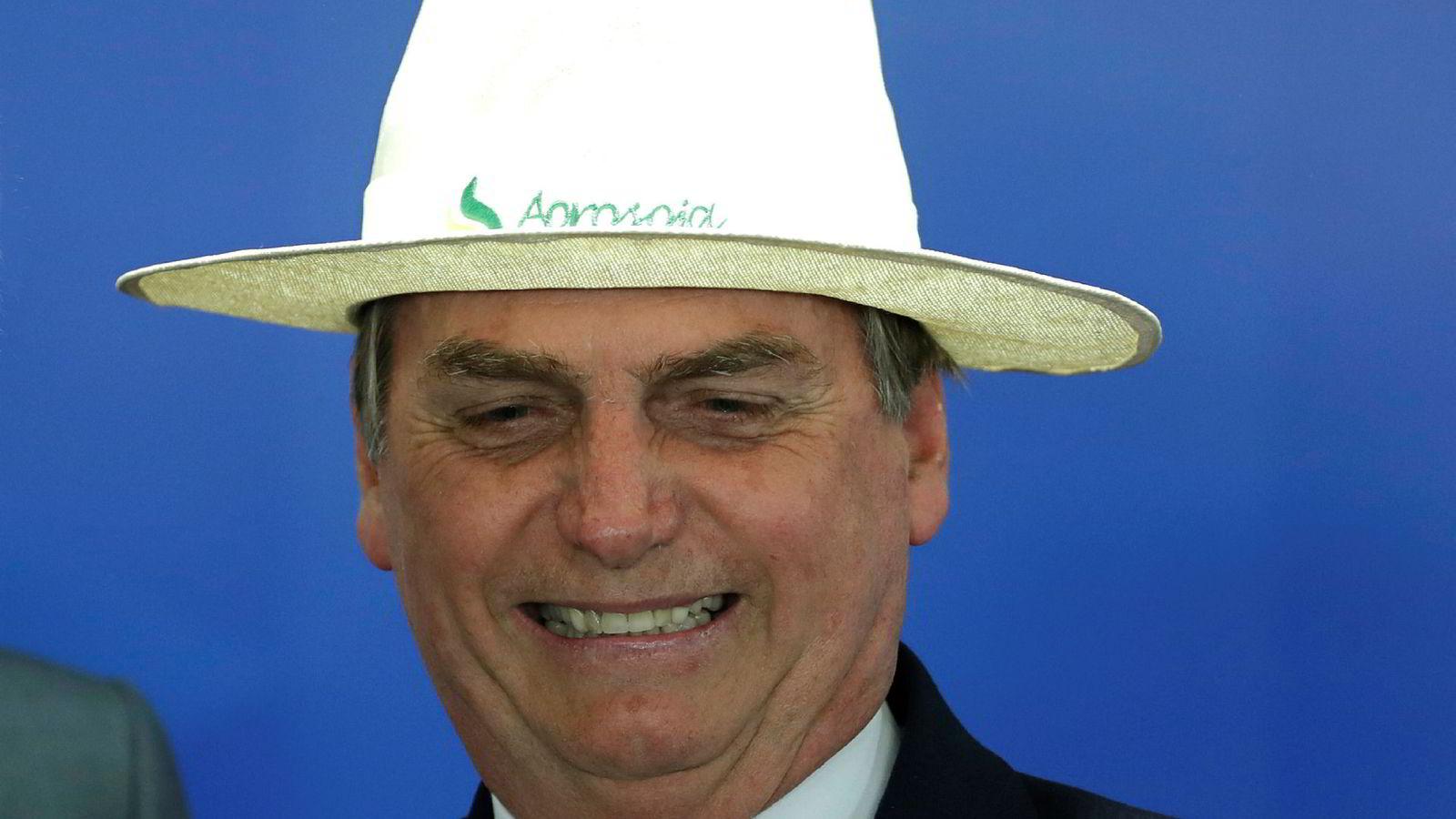 Brasils president Jair Bolsonaro sier han ikke trenger tyske penger til å bevare regnskogen.