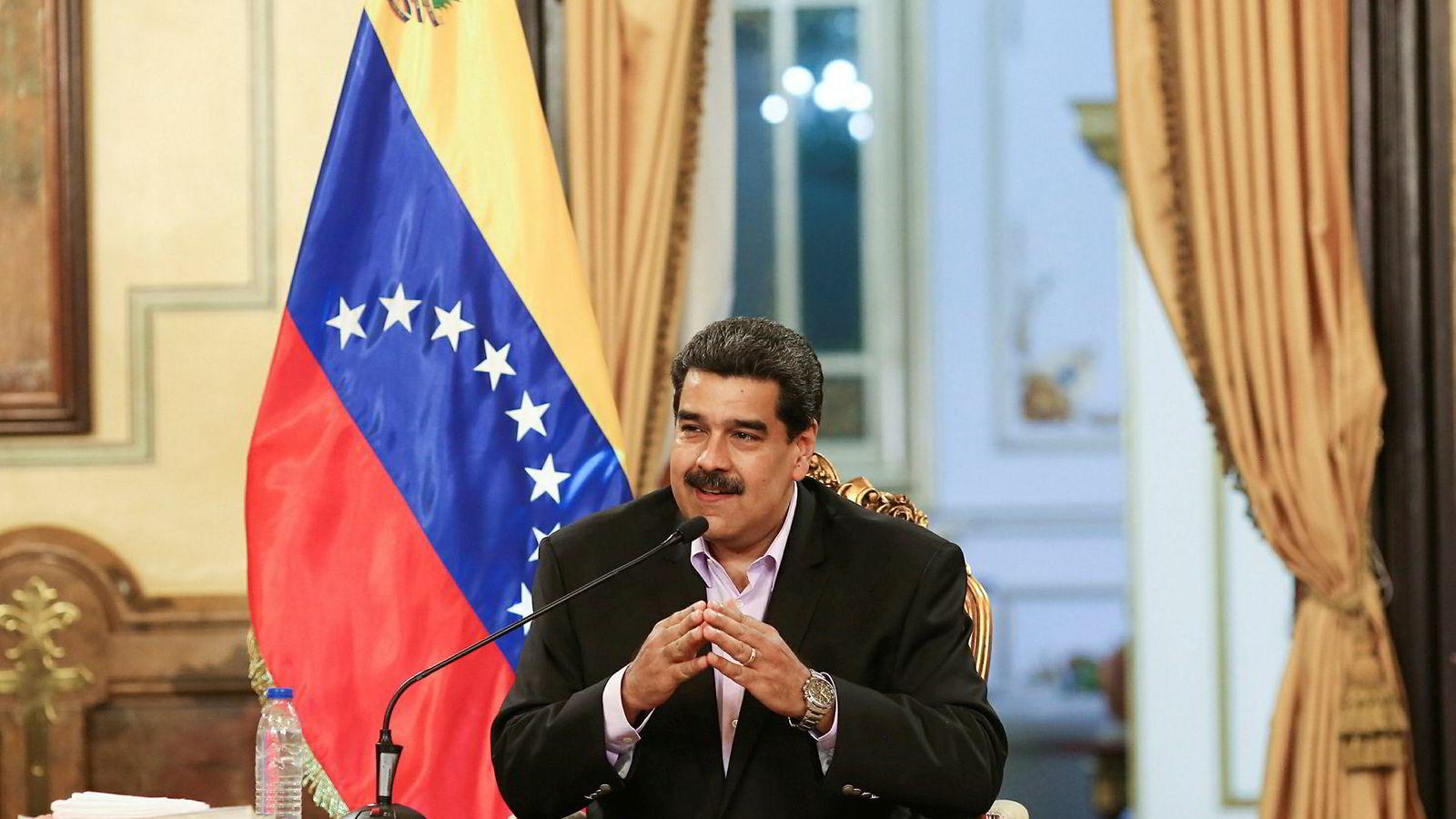 Venezuelas omstridte president Nicolás Maduro er hardt presset.