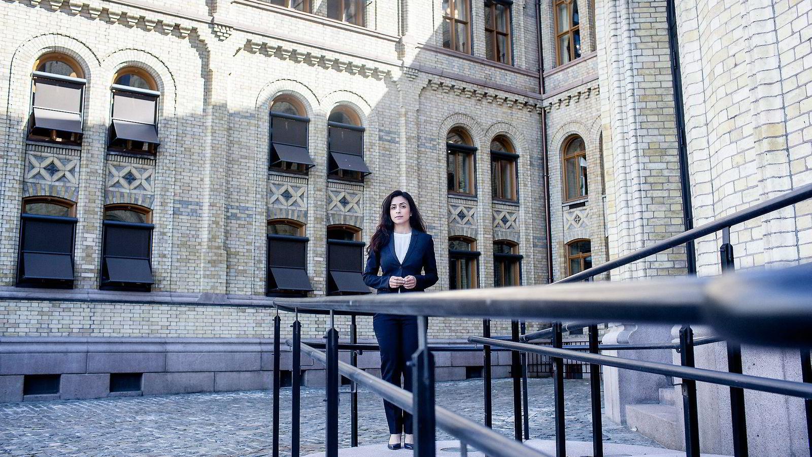 Ap-nestleder Hadia Tajik, som også er leder for justiskomiteen, tror ikke det er heldig for legitimiteten til meddommerordningen hvis en stor andel er eldre mennesker.