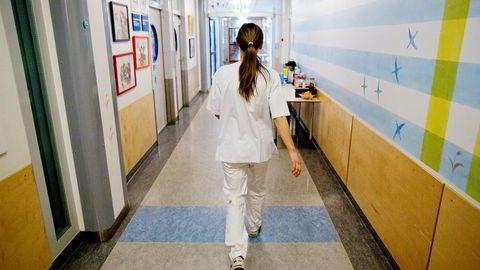 Vikarbruken i norske sykehus økte kraftig i fjor.