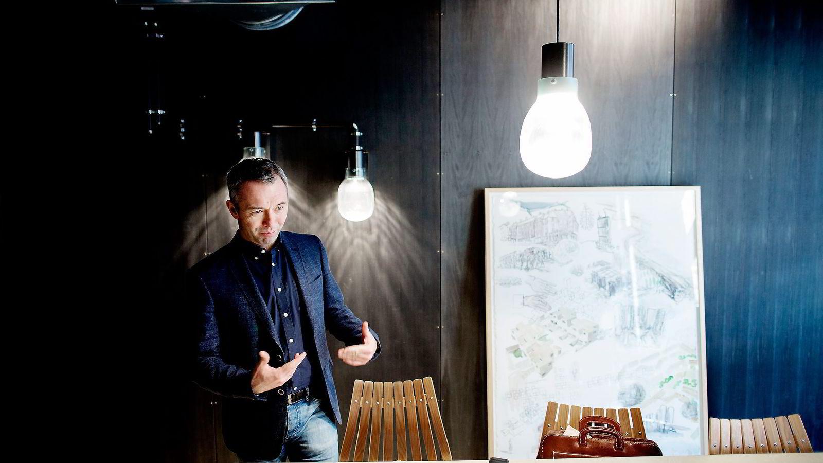 André Støylen og Sparebankstiftelsen DNB flyttet nylig inn i flerbrukshuset Sentralen midt i Oslo. Foto: