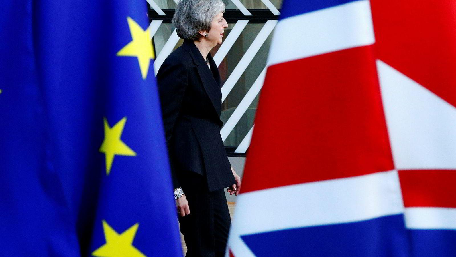Storbritannias statsminister Theresa May benyttet sin nyttårstale til å oppfordre britiske parlamentarikere til å støtte brexit-avtalen hun forhandlet frem med EU.